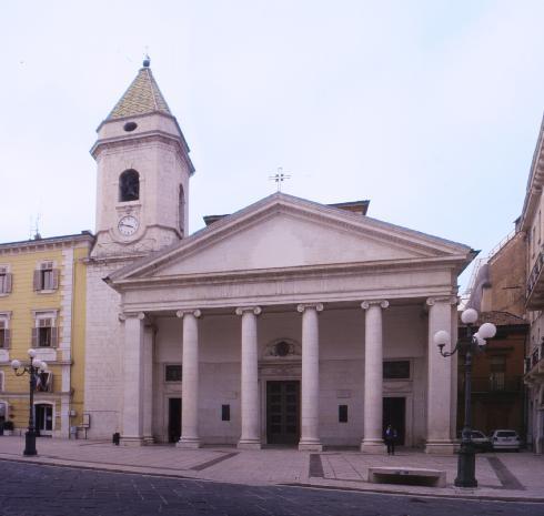 La facciata principale  della cattedrale della Santissima  Trinita' a Campobasso