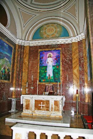 La cappella della custodia eucaristica e della celebrazione feriale