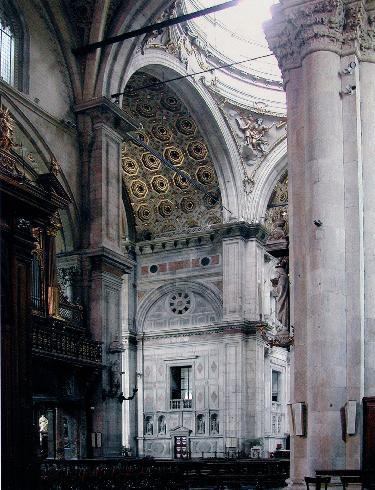 L'innesto della costruzione rinascimentale in quella tardo - medievale