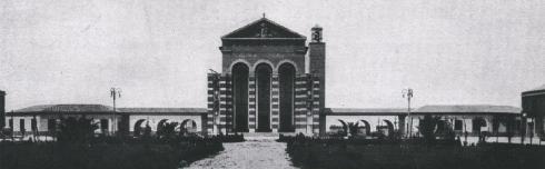 Facciata (da Bellonci. La chiesa di Littoria cit.. (t.f.t.).
