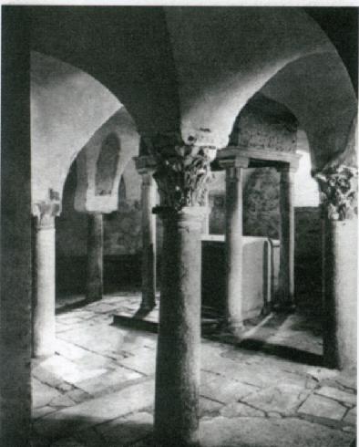 La cripta, foto del 1925, Archivio dell'Università del Carnevale,