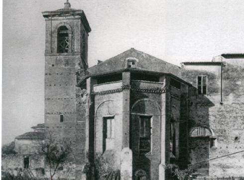 L'abside vista dall'esterno, foto del 1925, Archivio dell'Università del Carnevale, Velletri