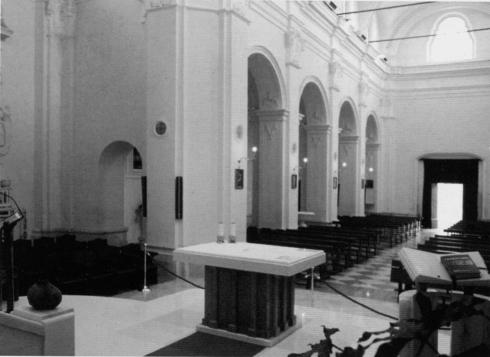 Veduta di angolare del presbiterio
