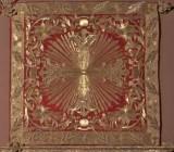 Manif. romana sec. XVIII, Coprifaldistorio in samice d'oro su seta rossa