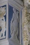 Agostino di Duccio (1449-1456), Bassorilievo angelo di schiena