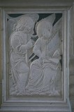 Agostino di Duccio (1449-1456), Bassorilievo angeli con arpa e organo