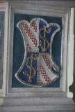 Agostino di Duccio (1449-1456), Bassorilievo con scudo inquartato 2/2