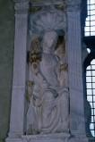 Agostino di Duccio (1454-1455), Altorilievo Carità