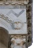 Agnelli G. sec. XIV, Scultura con protome umana 18/32