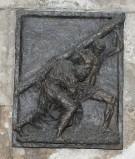 Ambito toscano (1969), Rilievo di Gesù aiutato dal cireneo