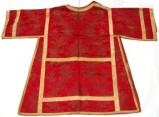 Manif. romana sec. XIX, Tunicella rossa broccata oro a fiori e spighe 2/2