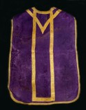 Manifattura ligure sec. XIX, Pianeta in damasco viola
