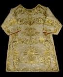 Manifattura ligure sec. XIX, Dalmatica in gros bianco con ricami in oro 1/2