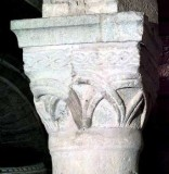 Bottega lombarda sec. XII, Capitello scantonato 2/2