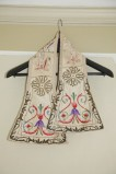 Manifattura veronese sec. XIX, Manipolo color panna decorazioni floreali