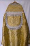 Manif. marchigiana sec. XIX, Piviale del parato giallo broccato