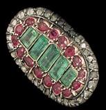 Bottega siciliana, Ex voto ad anello con rubini e smeraldi