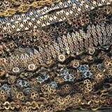 Bottega siciliana secc. XVI-XVII, Ex voto a collana bianco azzurro e nero