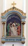 Bottega siciliana sec. XX, Altorilievo con Gesù deposto nel sepolcro