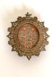 Bottega siciliana secc. XIX-XX, Reliquiario a medaglione 2/4