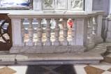 Bottega friulana sec. XVIII, Balaustra in marmo 2/2