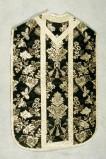 Manifattura veneta (1899), Pianeta nera con fiori bianchi